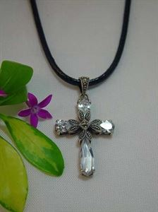 Picture of CLEAR CRYSTAL CROSS NECKLACE